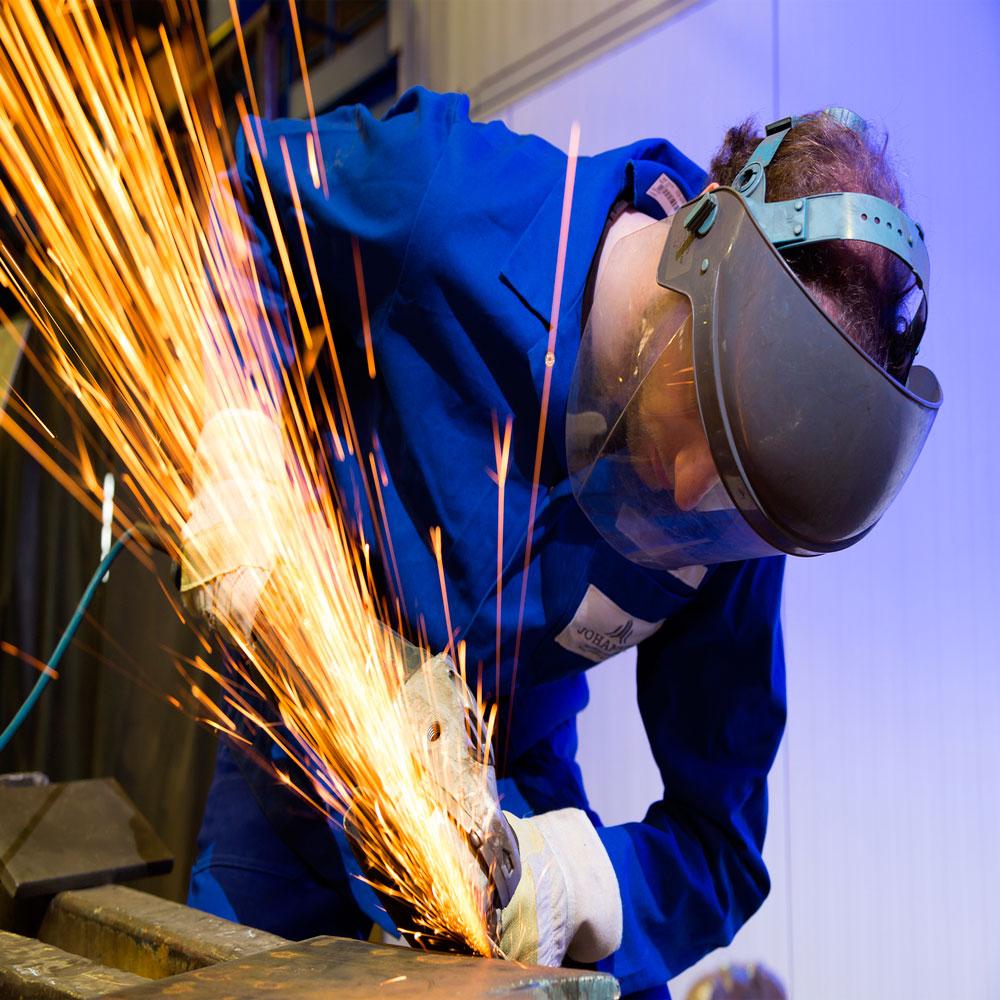 la-proteccion-ocular:-necesaria-en-muchos-trabajos