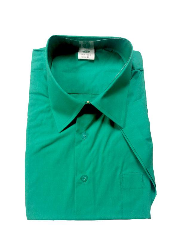 Camisa verde manga corta popelín 65% pol.- 35% alg.