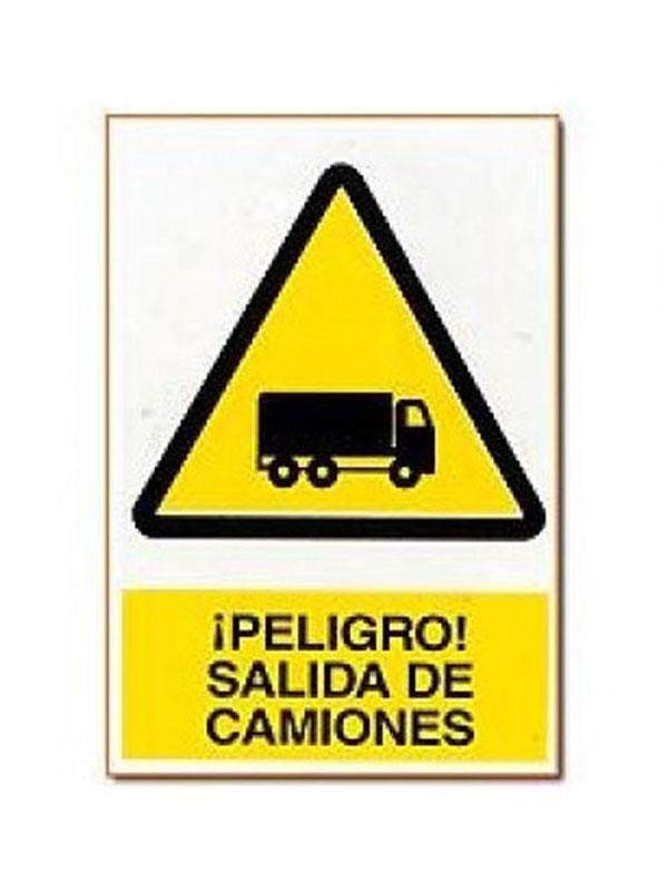 SEÑAL PELIGRO SALIDA DE CAMIONES REF. APR 400 DE 230X340